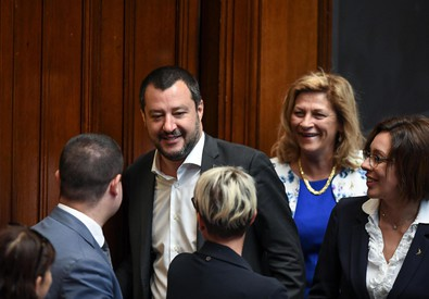 Salvini al question time: doneremo 12 motovedette alla Libia