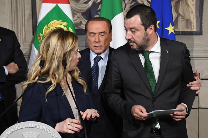Consultazioni, Salvini categorico: basta con i veti