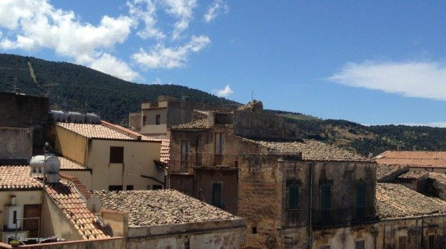 """Covid, Musumeci dichiara Sambuca di Sicilia e Mezzojuso """"zone rosse"""""""