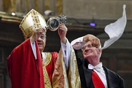 Napoli, si ripete il miracolo di San Gennaro: