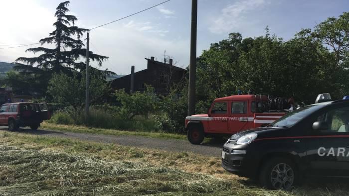 Incendi, abitazione in fiamme nel Beneventano: muore una donna