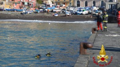 Acireale, pescatori e sub in mare per cercare il corpo di Enrico Cordella