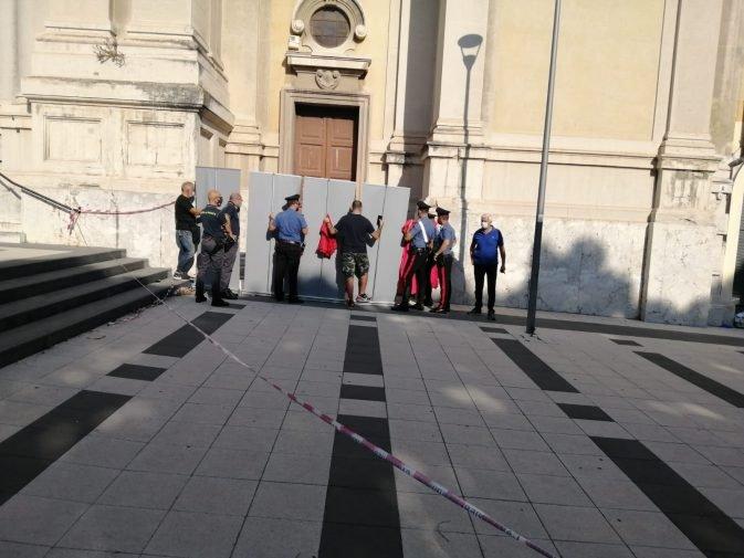 Messina, clochard morta davanti ad una chiesa: un sospettato per omicidio