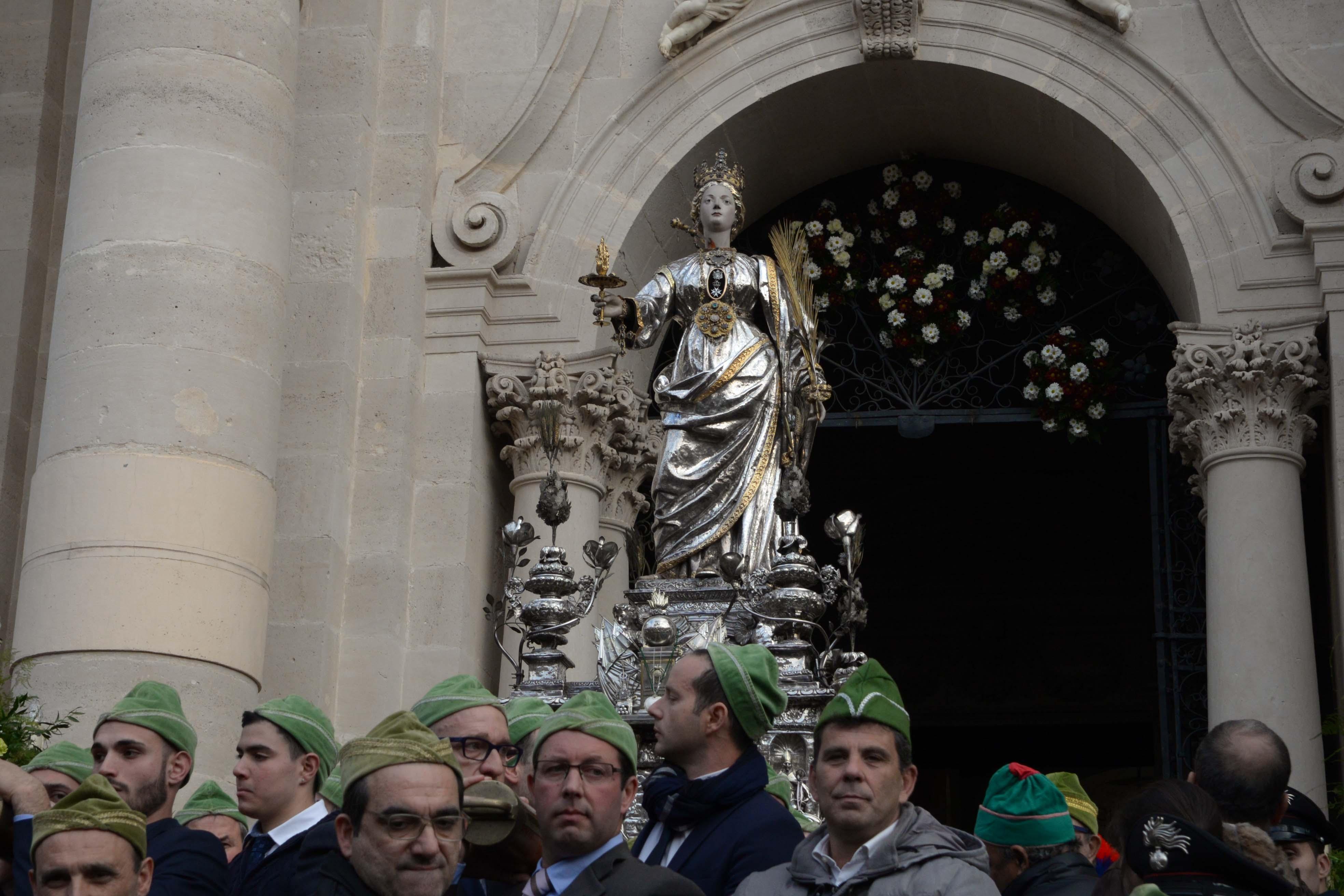 Perché Santa Lucia porta i regali ai bambini il 13 dicembre?