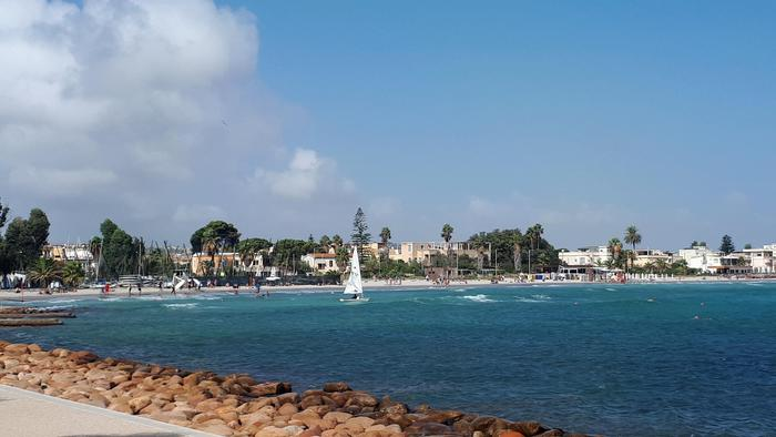 Caldo anomalo in Sardegna, toccati i 27 gradi ma è in arrivo freddo e neve