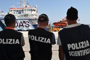Fermati due presunti scafisti per lo sbarco di migranti arrivati a Pozzallo