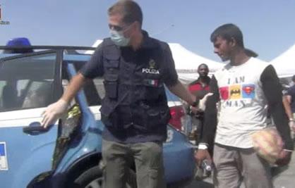 Pozzallo, fermati i 4 presunti scafisti dello sbarco di ieri