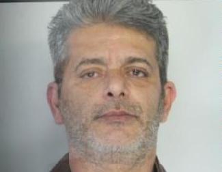 Catania, è agli arresti in casa e gli trovano un chilo di marijuana
