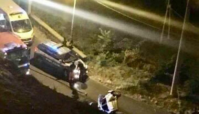 Auto in una scarpata, donna morta a Cosenza