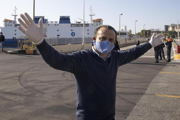 """Covid, sindaco di Messina: """"Pronto a dimettermi, contro di me i poteri forti"""""""