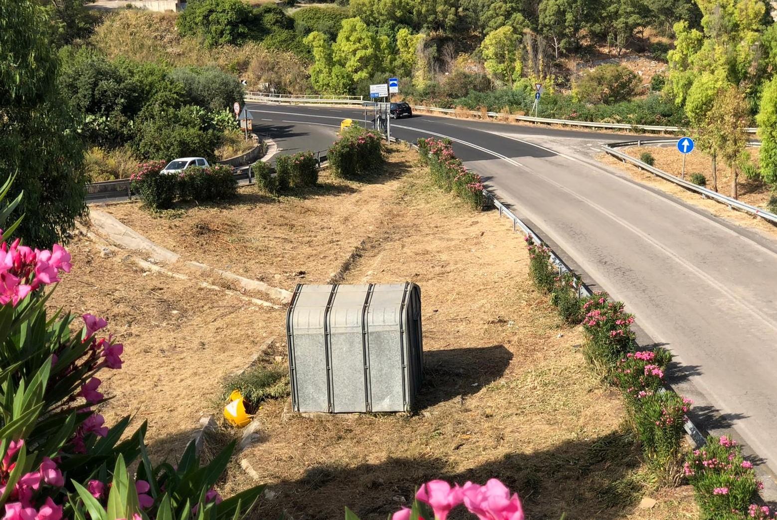 Modica, opere di scerbatura del Comune in 500 chilometri di strade: ripuliti anche parchi