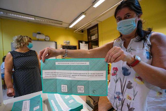 La Sicilia snobba il Referendum: alle 12 ha votato il 6,41%