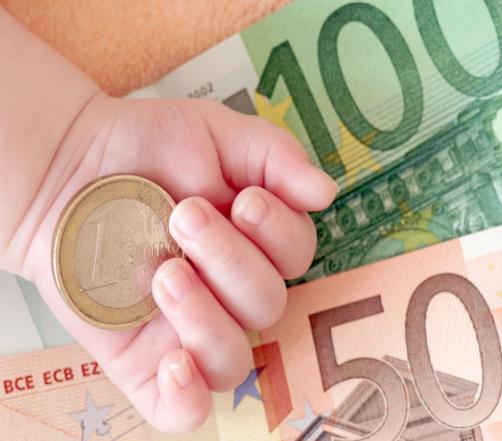 Caltagirone, ecco i termini di scadenza per ottenere il bonus bebè di mille euro