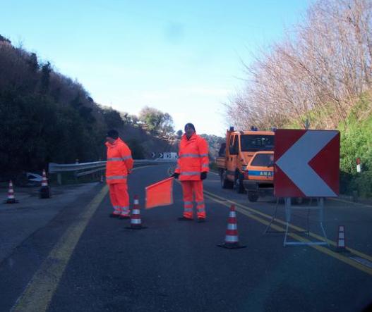 Autostrade, Palermo-Agrigento chiusa per frana: Anas avvia i lavori