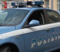 Siracusa, la polizia arresta un uomo e ne denuncia altri tre