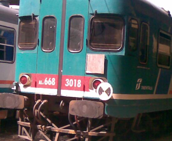 Sorpresi ad asportare telai dei vagoni ferroviari: quattro fermi nel palermitano