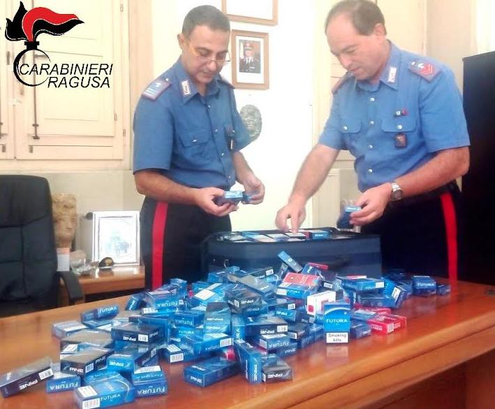 Ragusa, 366 pacchi di sigarette nascoste in auto: denunciati madre e figlio