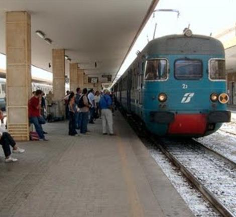 Ripresa la circolazione dei treni Palermo-Catania, ma il meteo li rallenta