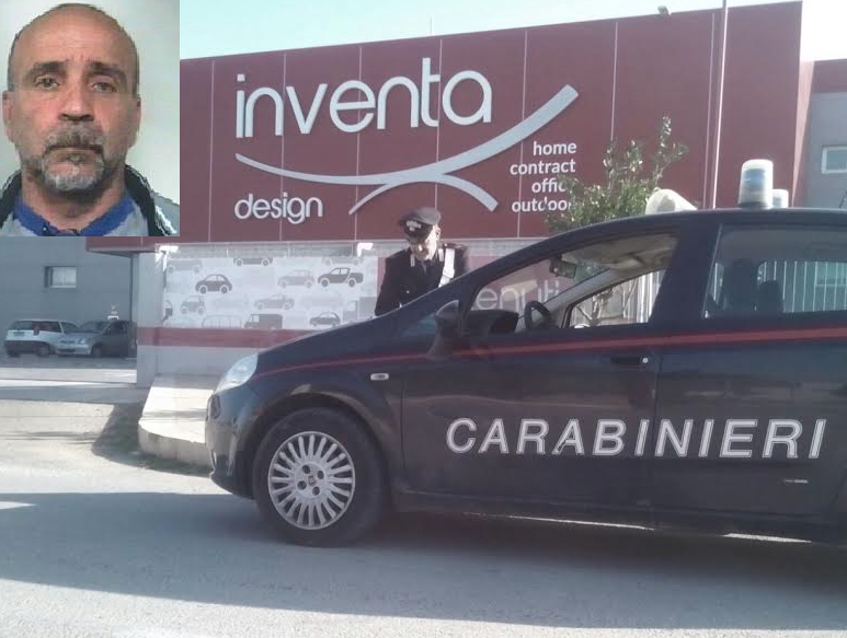 Catania, sequestrato un deposito di merce rubata: automezzi tra la refurtiva
