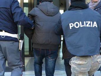 Immigrazione, finte assunzioni nei circhi: 41 arresti della polizia a Palermo