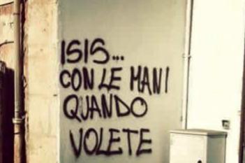 """Isis, l'ironia corre sul web: """"Con le mani quando volete"""""""