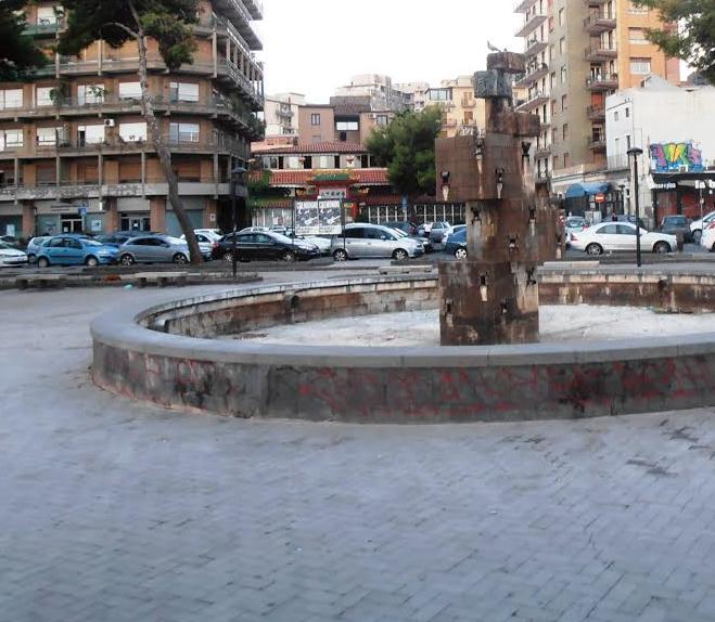 Catania, residenti e commercianti dicono no al degrado di Piazza Europa
