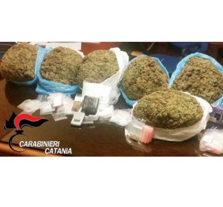 Catania, i carabinieri sequestrano 7 chili di droga: arrestato un insospettabile