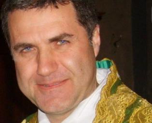 Modica, il commosso saluto di don Corrado ai suoi parrocchiani