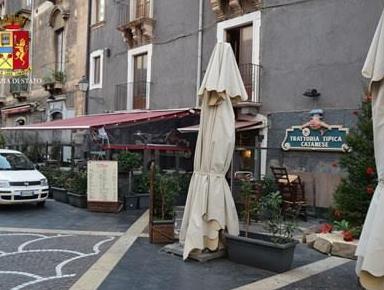 Catania, controlli alle attività commerciali: sanzioni e denunce per i titolari di due locali