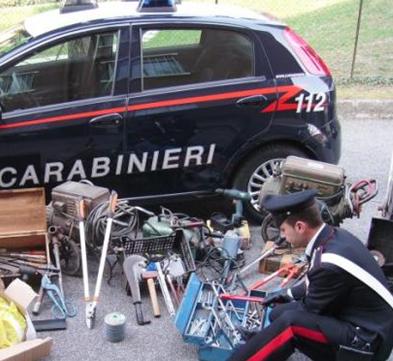 Ragusa, i carabinieri arrestano una persona e recuperano refurtiva per 15mila euro