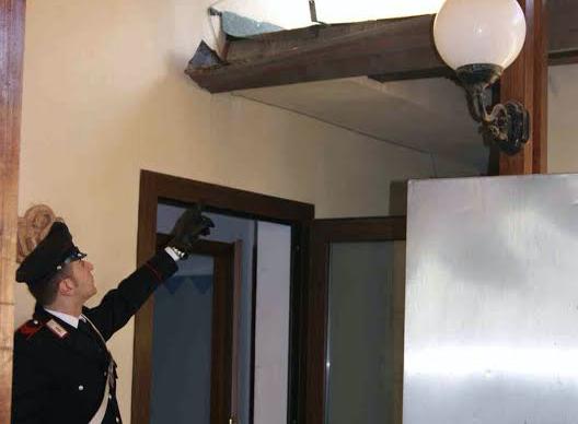 Siracusa, furto di rame in un ristorante: arrestati due uomini