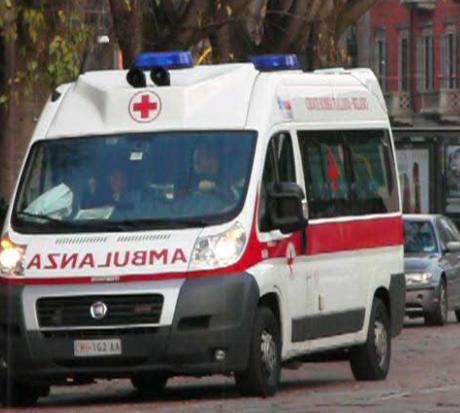 Incidenti stradali, scontro tra tre auto: un morto e tre feriti nel trapanese
