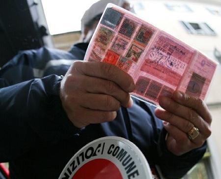 Sicurezza stradale, Polstrada Catania: ritirate 516 patenti
