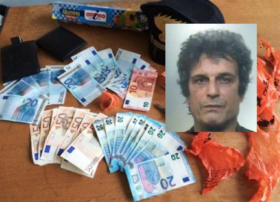 Palagonia, spacciatore preso in auto con soldi e droga