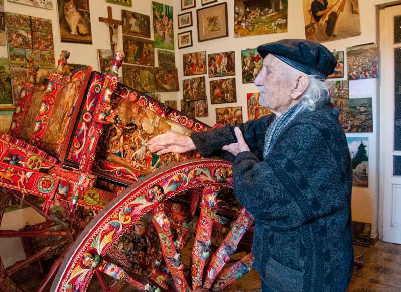 Aci Sant'Antonio, morto Di Mauro: il pittore dei carretti siciliani