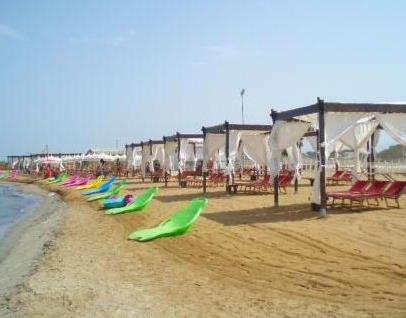 In Sicilia lidi, bar e ristoranti sul mare aperti tutto l'anno