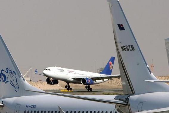 Sparisce aereo in volo tra Parigi-Cairo: forse caduto in mare
