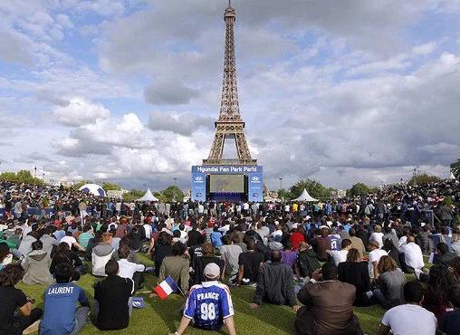 Al via gli Europei di calcio 2016 con Francia-Romania, tafferugli