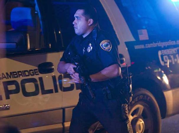 Orlando, spara e miete vittime in un club gay: ucciso dai poliziotti