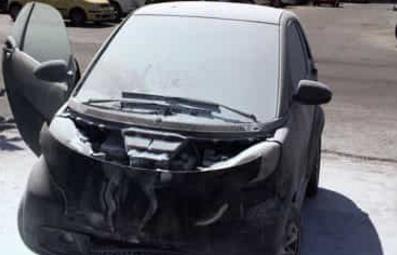 Bruciata l'auto del manager di  una partecipata del Comune di Palermo