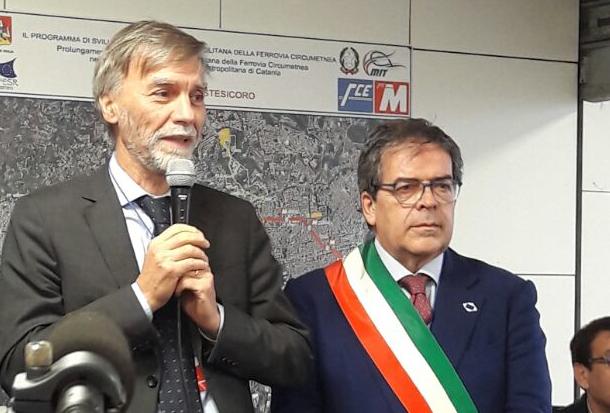Delrio a Catania per il taglio del nastro alla metro Stesicoro