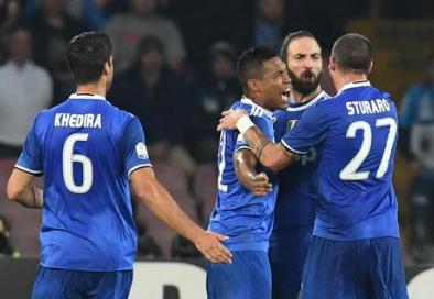 Il Napoli batte la Juve ma non basta, i bianconeri in finale di Coppa Italia