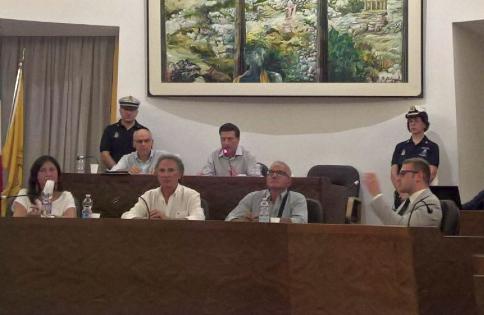 Floridia, l'opposizione incassa la presidenza dell'Aula: eletto Caccamo