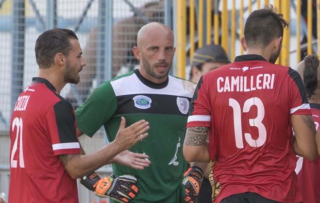 Lentini, sale la febbre per il debutto dei bianconeri: arriva il forte Matera