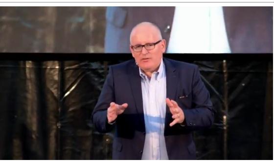 Frans Timmermans a Siracusa, parla di Europa e di migrazione
