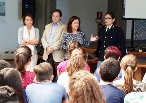 Legalità, la polizia con gli studenti della Paolo Orsi di Siracusa