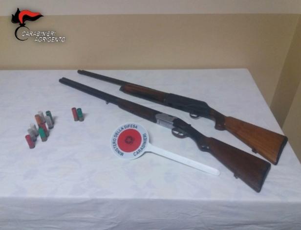 Armi, nasconde in casa fucili, arrestato impiegato a Naro