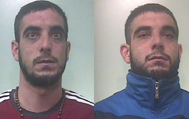 Villasmundo, due fratelli gemelli presi mentre rubano 400 chili di rame