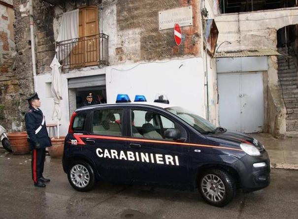 Palermo, multe e sequestro di merce nel quartiere della Kalsa