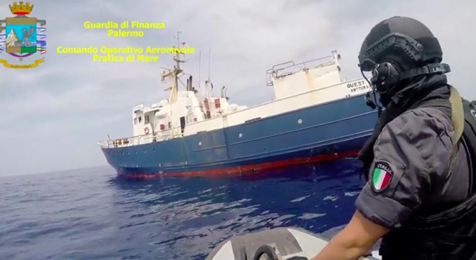 La Finanza di Catania sequestra 10 tonnellate di hashish: anche 9 arresti